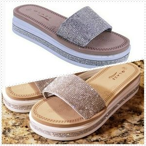 8efb1d793ce84 ... FLIP FLOPS SHOES SILVER New SILVER WHITE RHINESTONE PLATFORM SANDALS ...